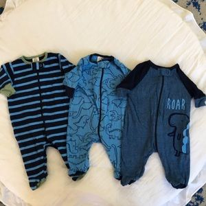 3 newborn onesies sleep and play